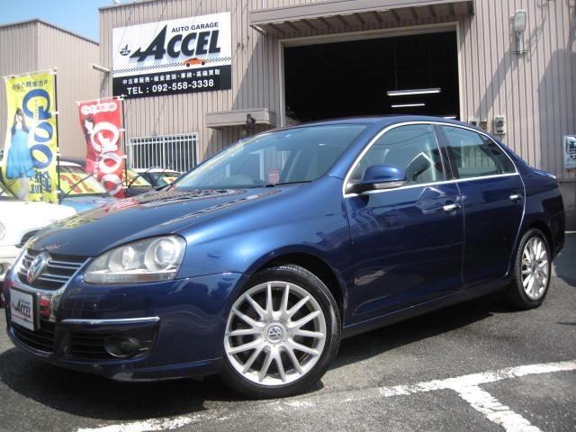 綺麗なブルー!VW JETTAをに入庫いたしました!黒革シート ETC HID 純正17AW