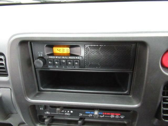 ラジオ、エアコン付