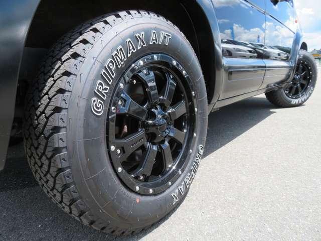 新品グリップマックスオールテレーンタイヤ+新品MKW漆黒のMK-46がド迫力でカッコいい!ツライチ設定で車検も大丈夫です!