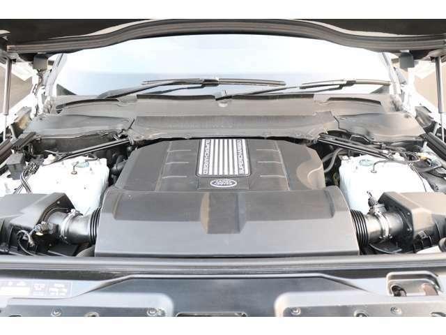 エンジン動力源 -340PS