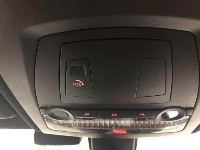 BMW SOSコール エアバッグが展開するような深刻な事故は発生した場合、車両からSOSコール自動的に発信するシステムです。