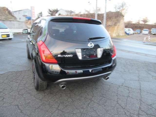 SUV 黒ムラーノリアネットローンで手続きも簡単ですお客様の免許証と銀行印さえ有ればスピーディーに完了します。