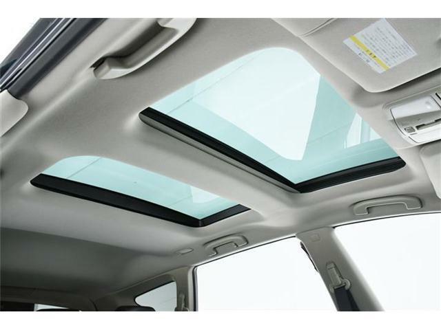 解放感GOODのツインサンルーフで車内も明るく快適です!