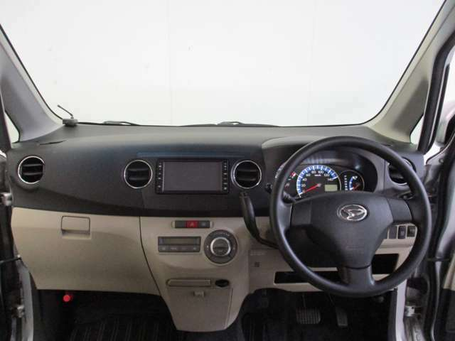 新車や未使用車だけでなく中古車にも1年保証がバッチリ付きます!自社の仕入れた車や整備に自信があるからこそ出来る1年保証!なので安心してお乗りください!