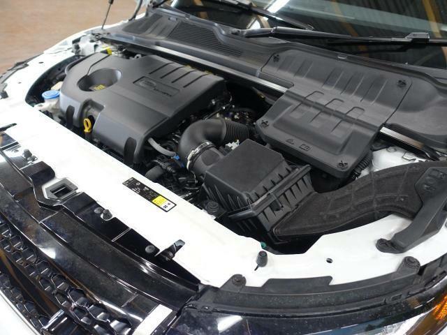 ◆ジャガー・ランドローバーのエンジンは最新のテクノロジーで、高い耐久性を維持、さらには静粛性にも優れておりますので、引き続きご安心してお乗り頂けることと思います◆