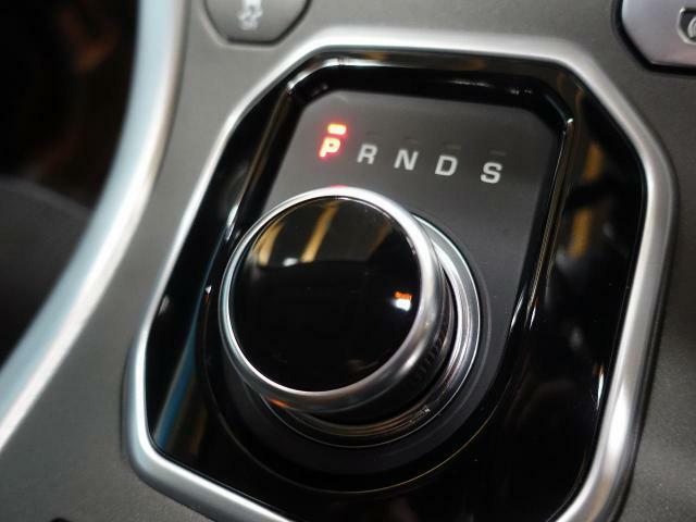 ◆特徴的なシフト周りや、操作性の高い各スイッチ類もべたつきや、使用感も少なく快適なドライビングをサポートいたします。特徴的なドライビングモードの切り替えも容易に行えます◆