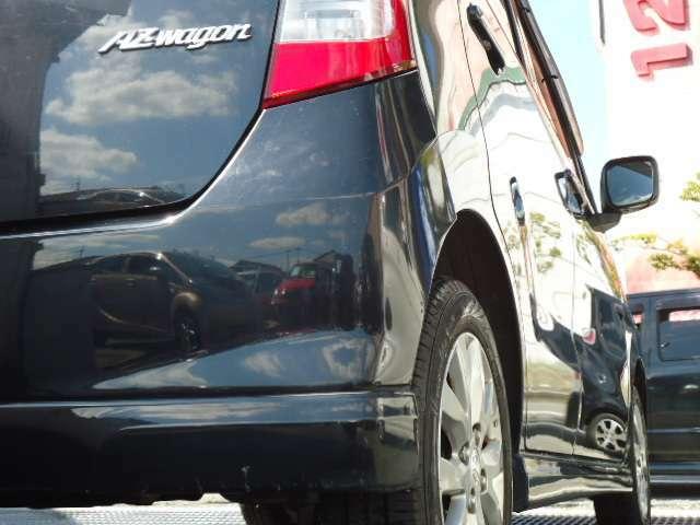 当店ではお客様にご安心頂くため3ケ月もしくは3000Km保証をお付けしています。TOPAUTOは、幅広くお客様にご支持頂きまして今年で創業11年目となります。安心と信頼をモットーに良質なお車をご提供致します