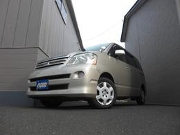 トヨタ ノア 2.0 X 4WD スタッドレスタイヤ付き