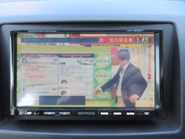 フルセグTV付きになりますので楽しいドライブが可能ですね♪