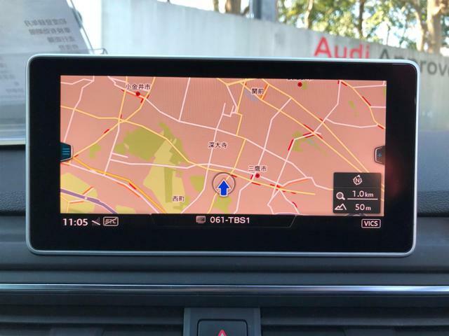 ワイドで見やすいナビゲーション画面にパーキングアシストやアラウンドビューモニターの表示も行いますす。