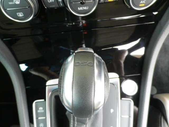 エンジンパワーを余すことなく駆動輪に伝え切れ目ない滑らかな加速を実現する6速DSGトランスミッション搭載!