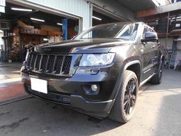 ジープ グランドチェロキー アルティテュード 4WD アルパインHDDナビ 黒革 国内100台限定車