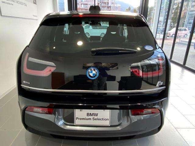 【ご納車後について】遠方のお客様はお住まいのエリアのBMWサービス工場にてメンテナンスを受けて頂けます。現地BMWへのお取次ぎなどもさせて頂きますのでご安心下さい。0066-9711-772723
