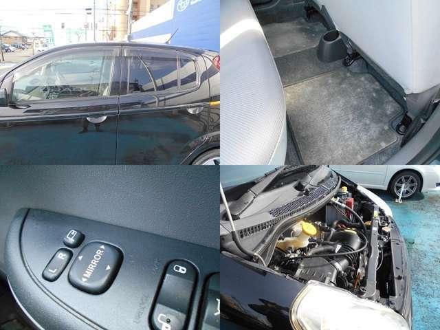納車後に無いと困る『ドアバイザー』&『フロアマット』もしっかり装備!!駐車時に便利な『電動格納ドアミラー』も装備していますよ!!!