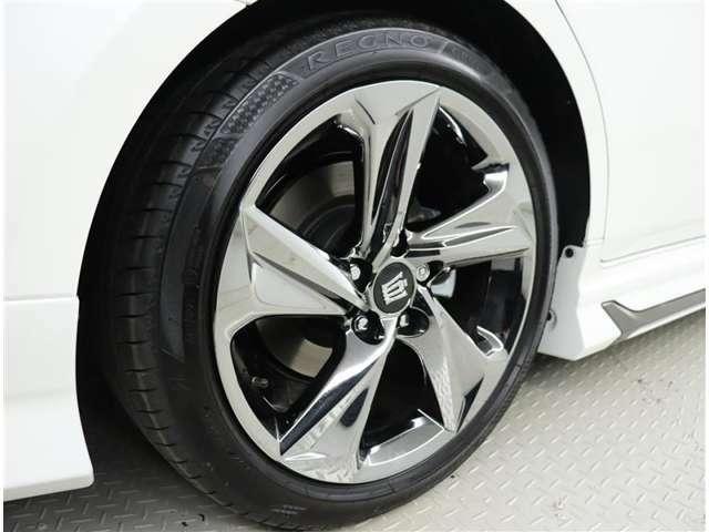 純正アルミホイール タイヤサイズ 225/45R18