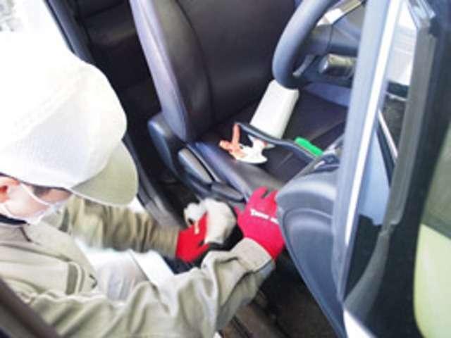 Aプラン画像:当社に入庫したお車は、一平蓮田工房で輝くボディーと、綺麗で清潔な車内に生まれ変わります。