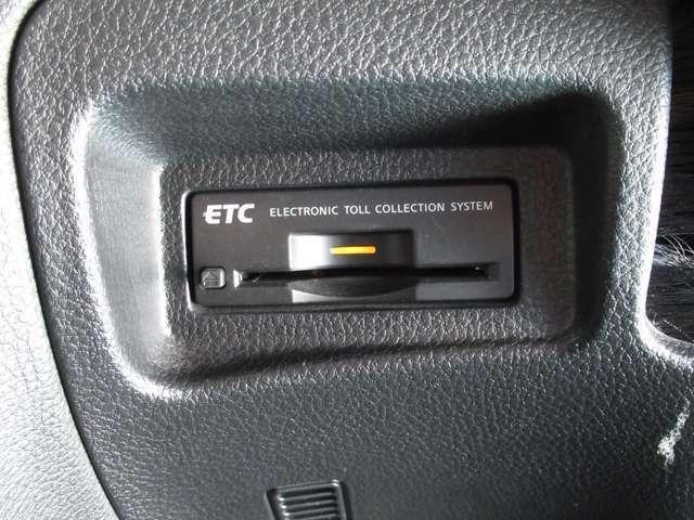 """高速道路・首都高速料金所等で便利な、""""ETC車載器""""装着車です。"""