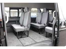 シート間隔拡大加工!後席の間隔を広げ、足元スペースをゆったり拡大です!使い勝手が広がります!