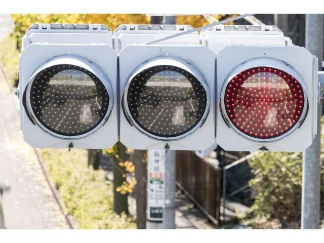 ★LED信号機対策済み★ 日本全国のLED信号機に対応したフレームレート設定。