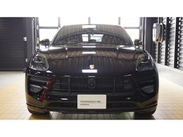 LEDヘッドライト エアサスペンション(PASM) ポルシェサーフェスコーテッドブレーキ スポーツクロノ 18Wayスポーツシート トラフィックジャム付ACC アルカンターラルーフライニング