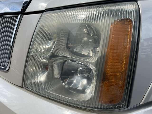 ヘッドライトの状態☆ 左右とも、くすみも少なくキレイな状態です♪中古車選びの重要なポイントです♪ 【無料電話】0078-6003-206896 【みんくるLINE ID】07020337089で検索♪