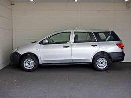 車両総重量1780(1795)kg 最大積載量400(250)kg