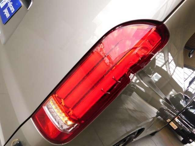 純正ディスチャージヘッドランプ LED社外テール 他灯火類はLEDへ変更