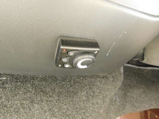 エバス燃料式FFヒーター装備!