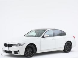 BMW 3シリーズ 320i ラグジュアリー カーボンルーフ/ヘッドアップディスプレイ