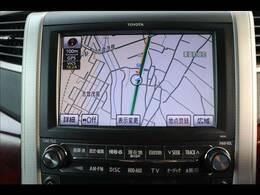 トヨタ純正8型ナビを装備。フルセグTV、ブルートゥース接続、DVD再生可能、音楽の録音も可能です。