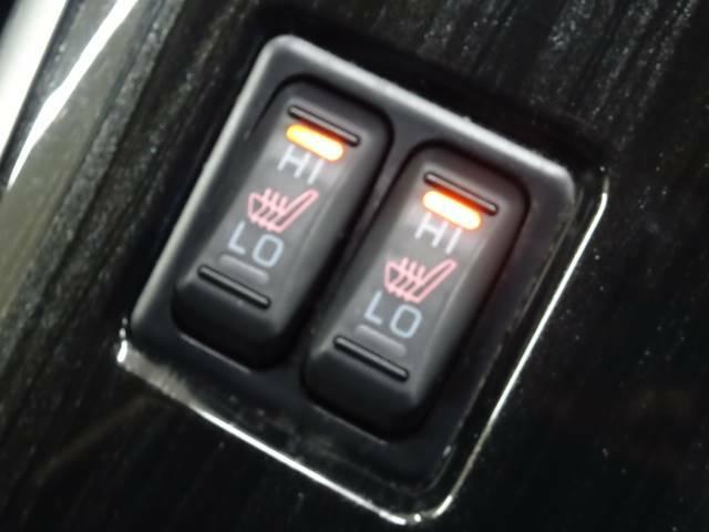 ●シートヒーター装備しております☆