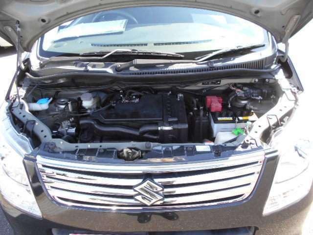 燃料タンクの容量は約30リットルです。