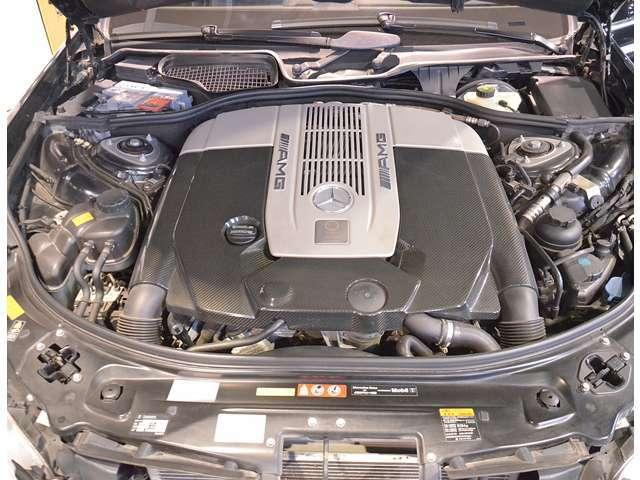 パワフルな走りのエンジン