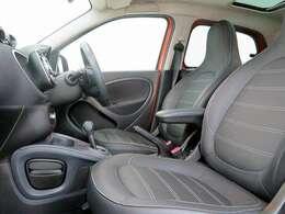 ■ブラックレザーシート/シートヒーター納車時には除菌や消臭に効果のございます当店オリジナルのオゾンクリーニングを施工致します!