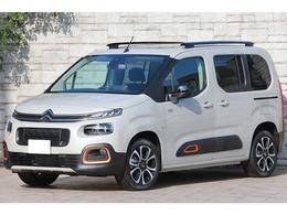 シトロエン ベルランゴ シャイン XTRパック 200台限定 登録済未使用車 専用インテリア