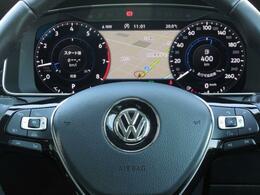 ACC(アダプティブクルーズコントロール)、精密なレーダースキャンにより先行車を測定し追従走行します。左右のパドルシフト、ハンズフリーフォン機能等が操作できる、マルチファンクションステアリング。