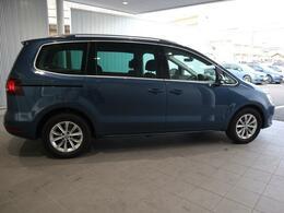 全長4.85mのロングボディで燃費がJC08モード15.0km/L(カタログ値)、とてもエコな車です。