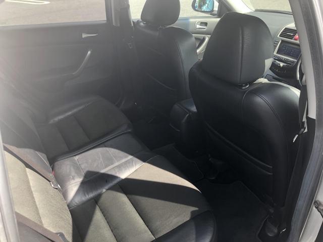 後部座席も汚れも少なく臭い等も気になりません!ぜひ現車確認へお越しください(^^♪