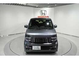 1年間、走行無制限のホンダ自慢の「ホッと保証付」。エンジン、ブレーキ、サスペンション、オーディオなど幅広い部品を保証!(一部対象外もあり)。U-Selectプレミアム車両については2年保証となります。