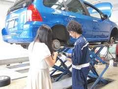 新車ディーラーならではのプジョーシトロエン専門スタッフがあらゆるお車の整備にご対応致します!お気軽にお申し付けください!