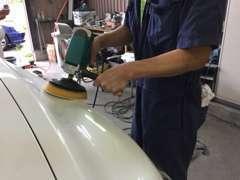 専門スタッフによりお客様のお車は丁寧に仕上げてご納車いたします!内装/外装クリーニング・ガラスコーティング施工出来ます。