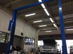 車検・整備実績はもちろん、自信を持ってお客様の大切な車をメンテナンスいたします。