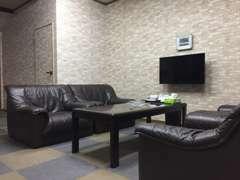 商談ルームはお客様がくつろげる空間をご用意しております。