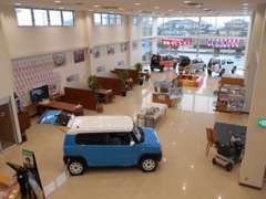 茨城県内でも最大級の店舗スペースになります。ご来店頂くお客様に最高のおもてなしをご用意致します。スズキの車は当店まで♪