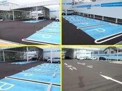 広くて駐車しやすい当店の、お客様専用駐車場です。お車でのご来店をお待ちしてます。