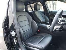 ■レザーARTICOスポーツシート ■運転席メモリー機能付きパワーシート ■シートヒーター