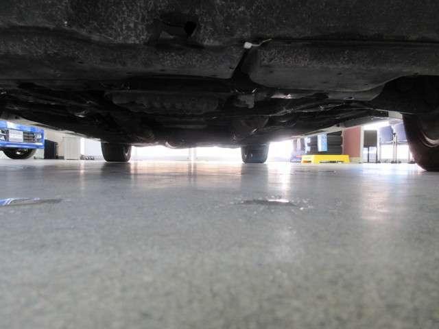 下回りも良好です!! お車の寿命を長くする防錆処理もおすすめです。詳しくはスタッフまでお問い合わせ下さい。