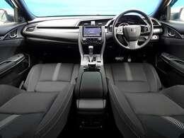 ◆自動防眩ルームミラー ◆電動サイドブレーキ(ブレーキホールド付) ◆アルミペダル ◆前席シートヒーター