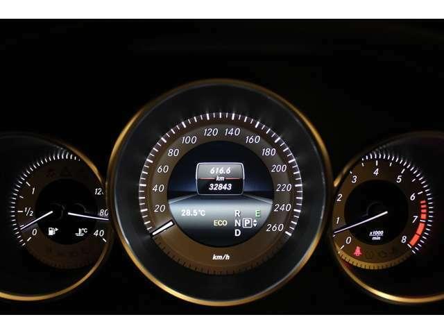 ◆チェックランプ点灯無し◆現車確認もできますのでお気軽にご相談下さい。ですが、当社のお客様の7割の方々は、実際に車を見ないでご購入頂いております。万が一他の方に売約となってしまった場合はご了承下さい。