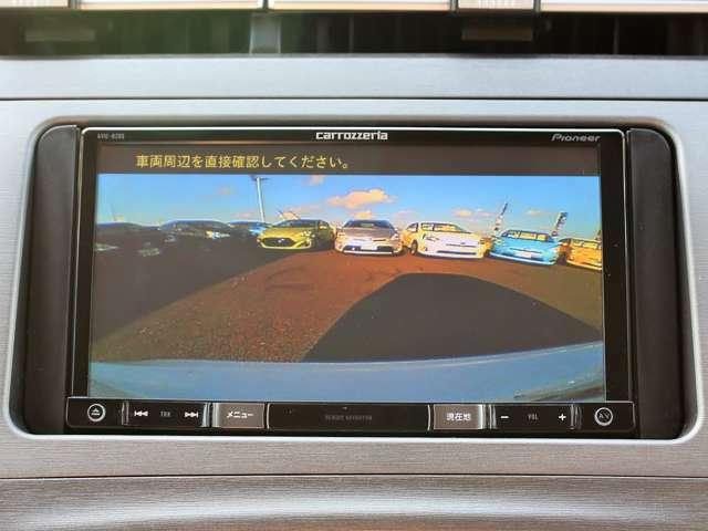 ☆バックカメラ☆モニターに後方の映像を映します。駐車時や死角の安全確認が出来ますので便利です!